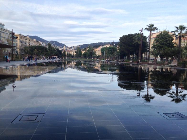 Miroir d'eau Nice Coulée verte Promenade du Paillon