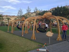 Jeux d'enfants en bois Nice Coulée verte Promenade du Paillon