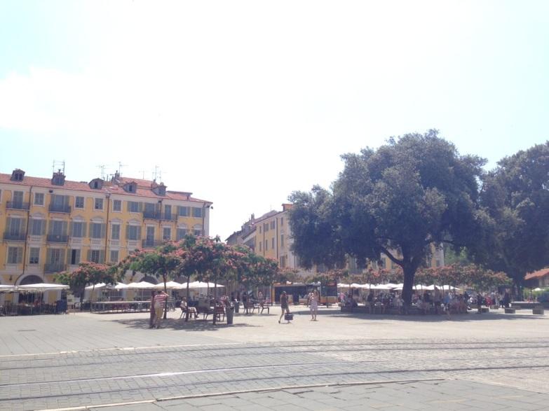 Nice Place Garibaldi en fleur