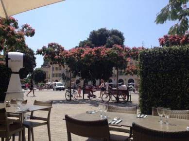 Nice Place Garibaldi Restaurant Au Paradis du Fruit